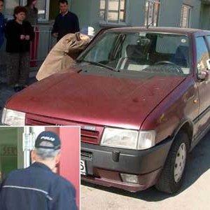 Hırsızlık için girdiği otomobilde uyuya kaldı !
