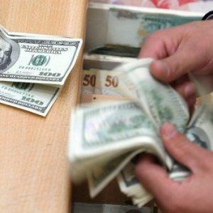Dolar düşmeye devam ediyor !