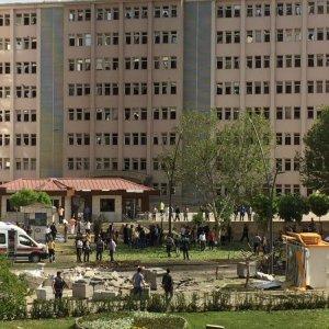 Gaziantep'te Emniyet'e bombalı saldırı: 2 şehit, 22 yaralı