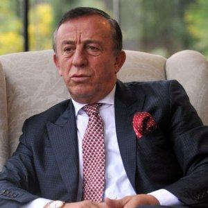 Ali Ağaoğlu, kredi kartı limitini açıkladı