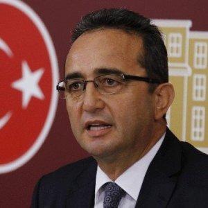 CHP'li Tezcan'ı AK Partililer de alkışladı