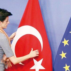 Vizesiz Avrupa için kritik gün !