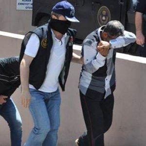 İzmir'i kana bulayacaklardı, tutuklandılar !