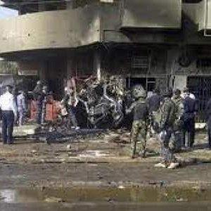 Irak'ta pazar yerine bombalı araçla saldırı