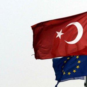 Vizesiz Avrupa umudu sonbahara kaldı