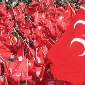 AK Parti'den MHP'ye operasyon iddiası