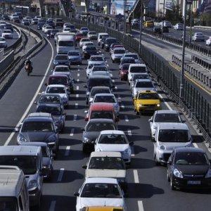 İstanbul'da yarın hangi yollar trafiğe kapatılacak ?