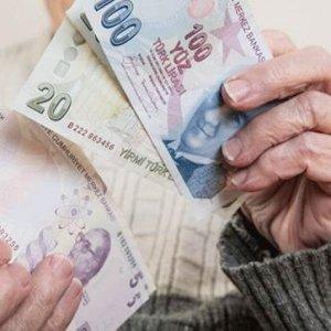 Emeklilere Haziran'da 300 lira müjdesi !