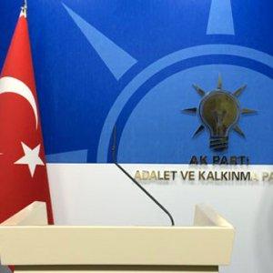AK Parti'de bakanlar ve vekiller yeni Başbakan'ı seçti !