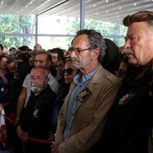 Oya Aydoğan'ın cenazesinde 5 bin TL'lik hırsızlık