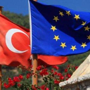 Türkiye için skandal afiş !