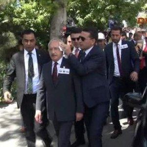 Kılıçdaroğlu'na yumurta fırlatan eylemci yakalandı