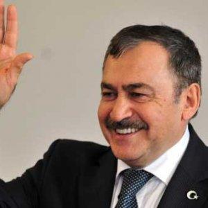 AK Parti'nin vazgeçilmez ismi... 5 dönemdir kabinede !