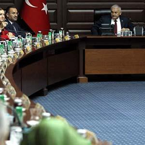 AK Parti'de 3 dönemlikler geri döndü !