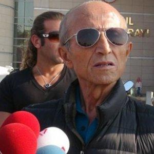 Yaşar Nuri Öztürk'ten haber var