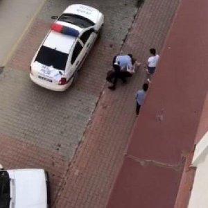 Trafik polisinin sert müdahalesi kamerada