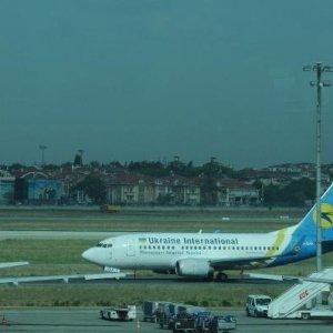 Bomba sohbeti uçağı karıştırdı