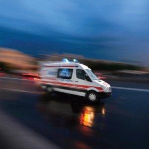 Gaziosmanpaşa'da korkutan patlama: Yaralılar var