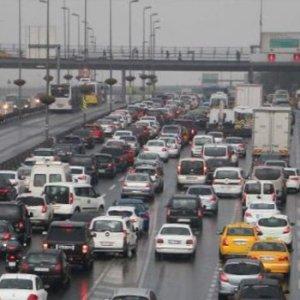 İstanbul'da trafik resmen durdu