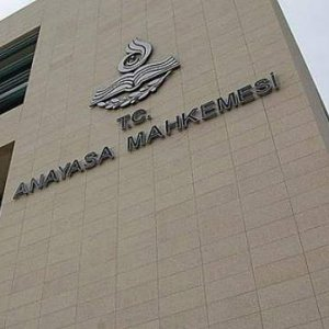 AYM'den CHP ve HDP'ye kötü haber !