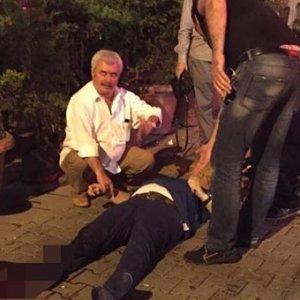 İstanbul'da bıçaklı dehşet: 2 yaralı