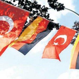 Son anketten çıkan sonuç: Almanların %91'i Türkiye'ye karşı
