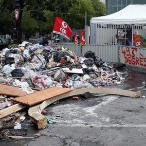 Fransa'da halk artık isyan etti !