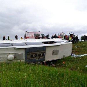 Yozgat'ta otobüs devrildi ! Ölü ve yaralı var