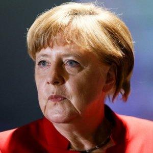 Merkel'den Türkiye'ye sert tepki !