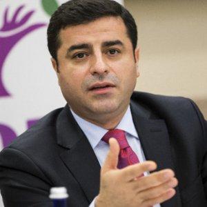 Demirtaş'tan çağrı: 4 lider bir araya gelelim