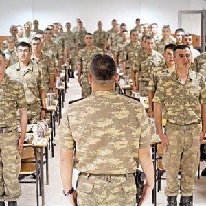 Askerin yemek duasına ''Tanrı'' itirazı