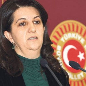 HDP'li vekil Pervin Buldan'dan şaka gibi açıklama !