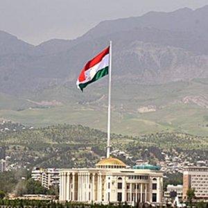 Tacikistan'ın ilk Cumhurbaşkanı Mahkamov hayatını kaybetti !