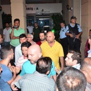 FETÖ bir şok daha: 8 kişi tutuklandı !