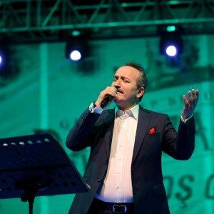 Tasavvuf müziği sanatçısı Kemiksiz, Gazianteplilerle buluştu