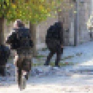 Van'da teröristler ile çatışma çıktı: 1 polis yaralandı