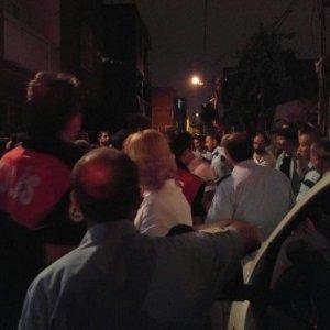 Tüm mahalle sokağa döküldü !