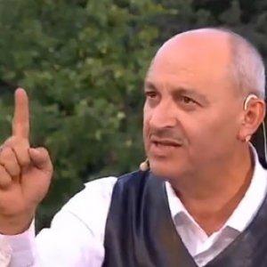 TRT'ye 'Namaz kılmayan hayvandır' cezası