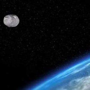 Ay'a kardeş uydu bulundu