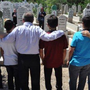 'Ali Rıza Baba'yı unutmuyorlar