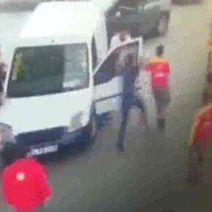İstanbul'da yol verme cinayeti kamerada !