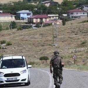 PKK'ya dev operasyon: Özel harekat bölgeye indirildi