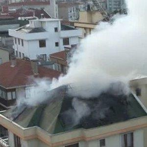 İstanbul'da panik yaratan yangın !