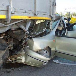 Ankara feci kaza: Ölü ve yaralı var