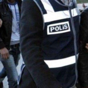 İstanbul'da 9 polis tutuklandı