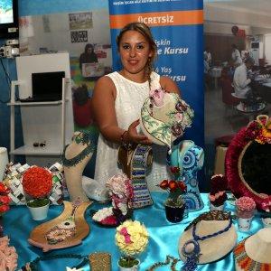 El emeği ürünler Ramazan çarşısında