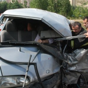 Tokat'ta feci kaza ! Ölü ve yaralılar var