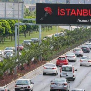 İzmir İstanbul'u unutmadı !