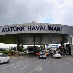 Teröristleri havalimanına götüren taksici ifade verdi !