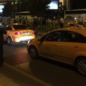 ''Fırsatçı taksicileri'' şikayet etti